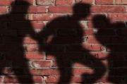 Suami Kekasihnya Tiba-tiba Pulang, Pria Telanjang Ini Lompat dari Lantai 2