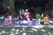 Di Tengah Pandemi, Siti Tetap Semangat Mengajar Anjal