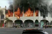 Masjid 139 Tahun yang Bersejarah di Afrika Selatan Terbakar Hebat