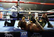 Kalah KO, Hidung Patah, Akhir Menyakitkan Eleider Alvarez