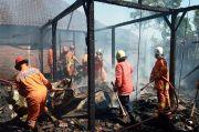 Diduga Lupa Matikan Kompor, Rumah Warga di Semarang Terbakar