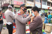 Kapolresta Pematangsiantar Imbau Pedagang Pasar Horas Tidak Abaikan Protokol Kesehatan