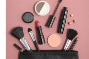 Survei: 87% Perempuan Merasa Makeup Buat Mood Lebih Terjaga