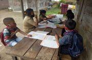 Fokus PJJ, Kemendikbud Jangan Lupakan Siswa Miskin yang Sekolah Luring
