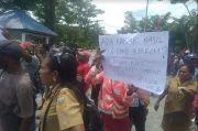 Kisruh Penerimaan CPNS di Papua, Warga Blokade Sejumlah Kantor di Keerom