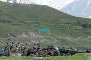 Para Tentara China dan India Bentrok Tangan Kosong di Pangong Tso