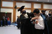 Kukuhkan 6.875 Maba secara Daring, Unair Beri Peluang Pemegang KIP-Kuliah