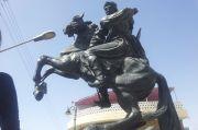 Patung dan Bimbingan Islam dalam Mengabadikan Orang Besar