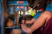 Digerakkan Disabilitas, Kerajinan Batok Kelapa Tembus Omzet Belasan Juta