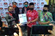 Sebelum Daftar ke KPU Blitar, Henry-Yasin Berdoa Bersama Ketua NU Jatim