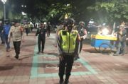 Patroli Bareng TNI,Polisi Bubarkan Kerumunan Warga di Danau Sunter
