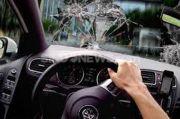 Alphard Terlibat Kecelakaan Beruntun di Tol, 2 Orang Terluka