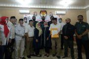 Diusung Perindo, Tigor-Idlin Mendaftar ke KPU Labuhanbatu