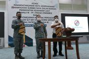 Pindad Teken Kontrak Pengadaan Senjata untuk Bakamla