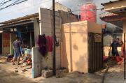 Diduga Korsleting Listrik, Warung dan 2 Rumah di Depok Ludes Terbakar