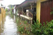 Diguyur Hujan, Ribuan Rumah Warga di Medan Utara Terendam Banjir