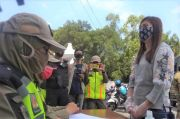 Cewek Ayu Kena Razia Masker di Solo Disuruh Bersihkan Sungai