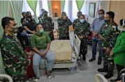 Jenguk Korban Penyerangan Mapolsek Ciracas, KSAD Berikan Santunan Rp50 Juta