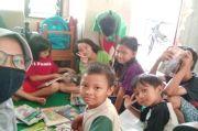 Peduli Dunia Literasi, Mahasiswa UNS Ini Dirikan Perpustakaan Gratis