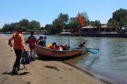 Kapal Terbalik di Pantai Logending, 1 Nelayan Hilang Tenggelam