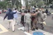 Anggotanya Brutal Hadapi Pengunjukrasa, Kasatpol PP Bogor Minta Maaf