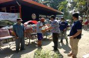 Perhutani Bagi Sembako ke Tukang Becak dan Ojek di Randublatung