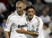 Karim Benzema Komentari Foto Oezil Berkostum Real Madrid