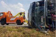 Laka Maut Tol Cipali Dipicu Bus Jalan Zigzag dan Pecah Ban