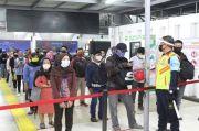 Mulai Hari Ini Masker Scuba Dilarang di KRL, KCI Turunkan 4.700 Petugas Pengawas