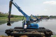 Antisipasi Banjir, Dinas SDA DKI Keruk Waduk di Jakarta Secara Serentak