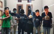 Dorong Komunitas Kreatif, Anak-Anak Muda Surabaya Ini Dilatih Nyablon