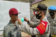 Polsek Kemuning Sosialisasi Protokol Kesehatan di Pasar Tradisional