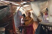 Tinggal di Gubuk Reyot, Janda 3 Anak Selalu Diteror Ular dan Kalajengking