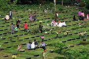 Perbaiki Catatan Kematian, Kemendagri: Kalau Perlu Pemda Belikan HP Buat Penjaga Makam