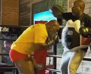 Mike Tyson Rakus Sekali Terima Tantangan Duel Lawan Anthony Joshua
