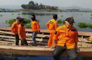 Perahu Tongkang Terbalik di Waduk Cirata, Satu Orang Hilang Tenggelam