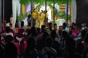 Bersenjata Lengkap Polisi Bubarkan Pesta Nikah di Maumere