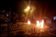 Kerusuhan Mahasiswa dengan Polisi Pecah, Kendari Mencekam