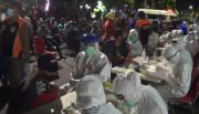 Pemkot Surabaya Gelar Rapid Test Dadakan di Tempat Nongkrong Anak Muda