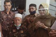 Kampanye Perdana Cawabup Lamongan Astried Wahid Sowan ke Kyai