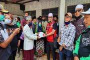 Korban Banjir Bandang Cicurug, Ustadz Zaky Beri Bantuan dan Dukungan