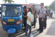 Mayat Tanpa Identitas di Dalam Bajaj Bikin Geger Warga Senen