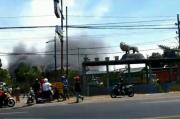 3 Gudang Milik Juragan Pemulung di Pasuruan Ludes Terbakar