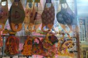 Jeritan Pedagang Masker Scuba: Sudah Stok Banyak, Eh Sekarang Dilarang