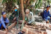 Rumahnya Diperbaiki TNI, Buruh Serabutan Ini Langsung Sujud Syukur