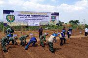 Pemda KBB-TNI Bantu Petani yang Terimbas COVID-19