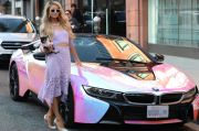 Paris Hilton Pamer Modifikasi BMW i8 Roadster
