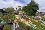 Ratusan Pelayat Antarkan Bupati Bangka Tengah Ibnu Soleh ke Pemakaman