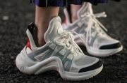 Louis Vuitton Rilis Sneakers Archlight dengan Banderol Rp16 Jutaan
