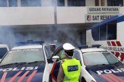 Satlantas Polres Lubuklinggau Semprot Disinfektan Seluruh Kendaraan Dinas
